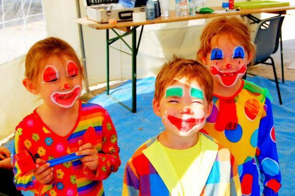 Les petits clowns